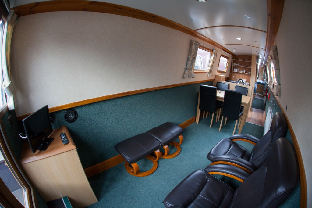 narrowboat living room